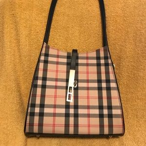 Shoulder purse Burberry style only